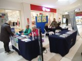 HU4K volunteers staff the information table at the Shopping Centre display and explain their own experiences with HU4K